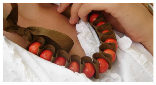 бусы в виде нитки под шею